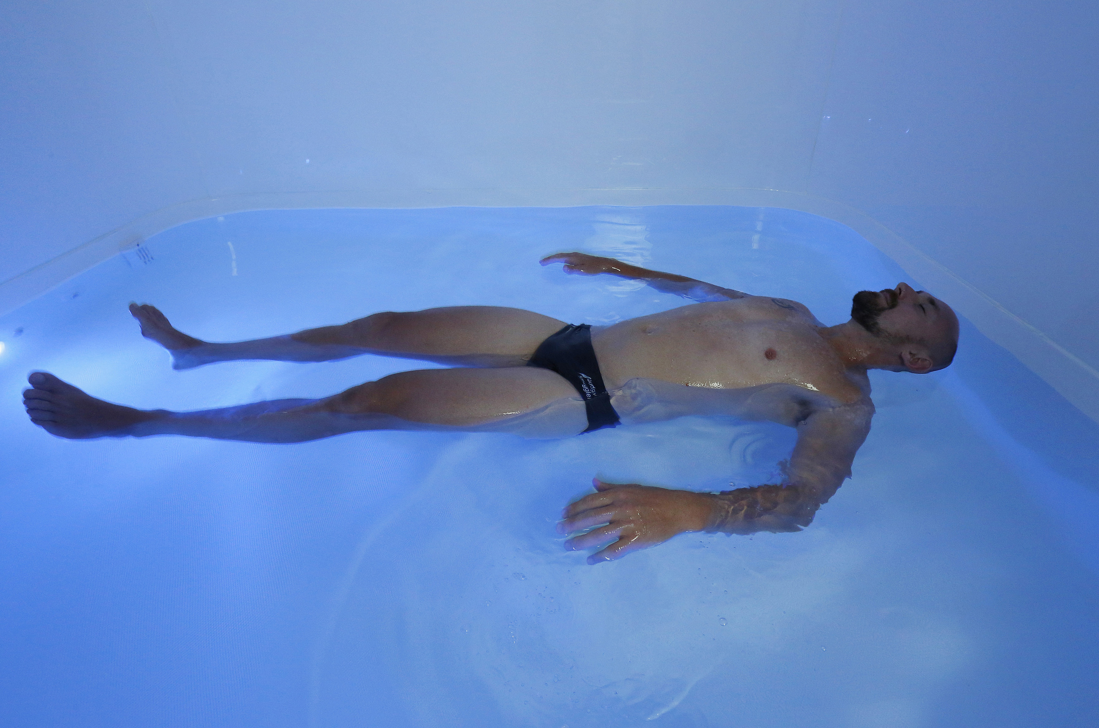 Five ways that Floating can help with Multiple Sclerosis MS